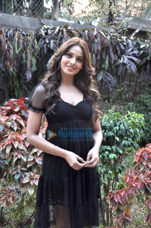 Bipasha on the sets of Star Plus' show 'Arjun'