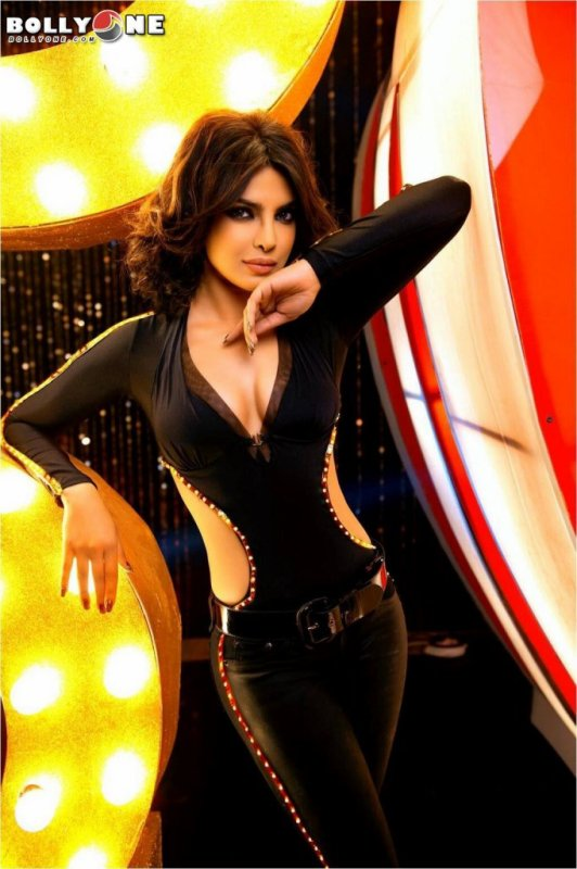 Priyanka Chopra as Badmaash Babli in Shootout At Wadala