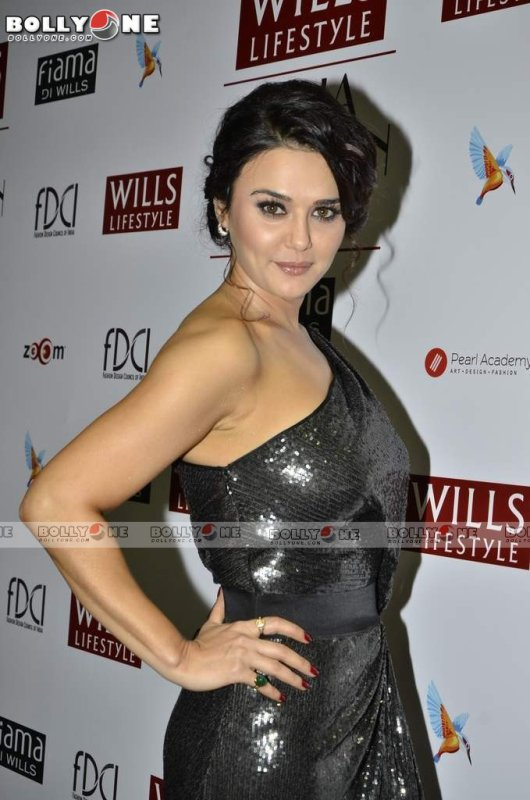 Preity Zinta Walks Ramp for Surily Goel at Wills Lifestyle India Fashion Week Autumn Winter 2013.