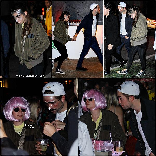 31.10.12 :  Robsten à une fête d'halloween au cimetière Hollywood Forever. Déguisements transparent ! LOL