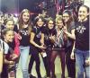 02.03.13 : Des fans ont  rencontrées Kristen (avec ses amis) au Derby Dolls à Los Angeles :