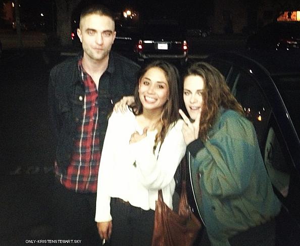 20.03.13 - Une fan a eu la chance de croisée Kristen et Rob (qui est de retour) à Los Feliz :