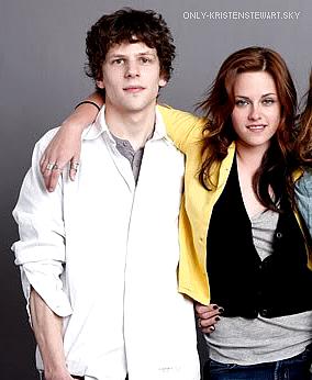 03 Novembre / 04 Novembre 2013 - Les dernières infos sur Kristen (infos, tournage et nouvelle photos..)  :