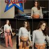 10.12.13 - Kristen était au défilé de mode Métiers d'Art (Chanel) à Dallas, avec  Dakota et Karl Lagerfeld :