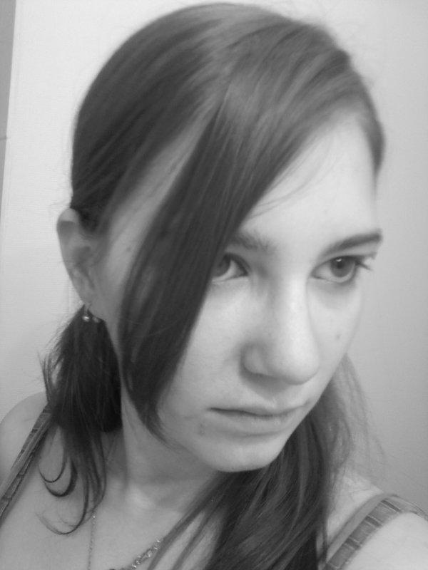 Le mal rencontre une ivresse passagère et laisse des blessures profondes, dans son sillage. Elise Cabot