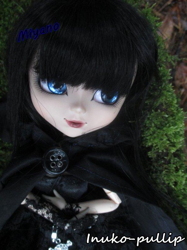 Le petit chaperon noir ...