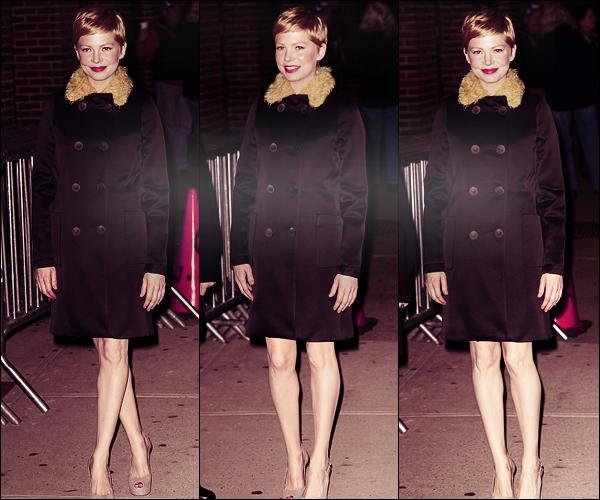 • • Candids // Michelle fut photographié, le 1 Février 2012, à son entrée dans les locaux de The Late Show with David Letterman. La belle portait une robe Erdem fleurie ainsi que des  Giuseppe Zanotti qui lui allaient à ravir !