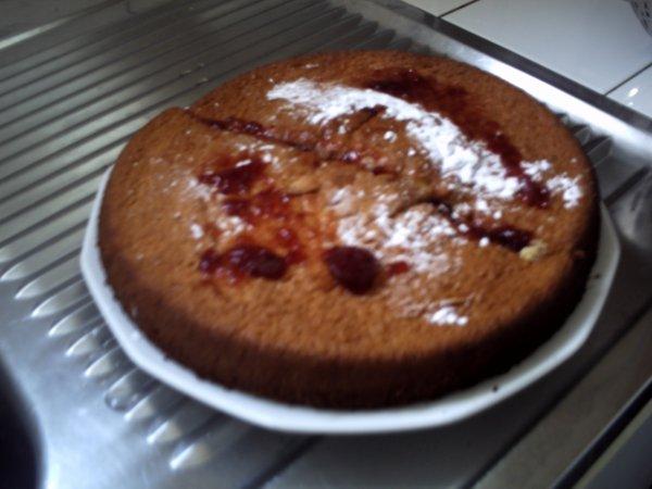 Gâteau mousseline à la confiture de fraise