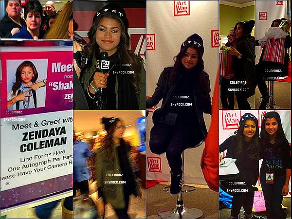 """. Le week-end du 26/27 janvier Zendaya était au magasin """"Art Van"""" au Michigan pour une séance de dédicaces.  ."""