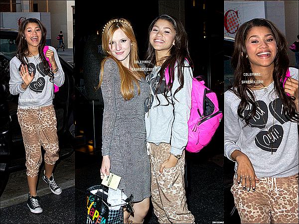 . 8 octobre ; Zendaya était présente à l'anniversaire de sa Meilleure Amie,Bella Thorne à Los Angeles. .