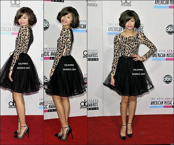 . 18 Novembre , Zendaya était présente au American Music Award. Top ou flop? ♥ .
