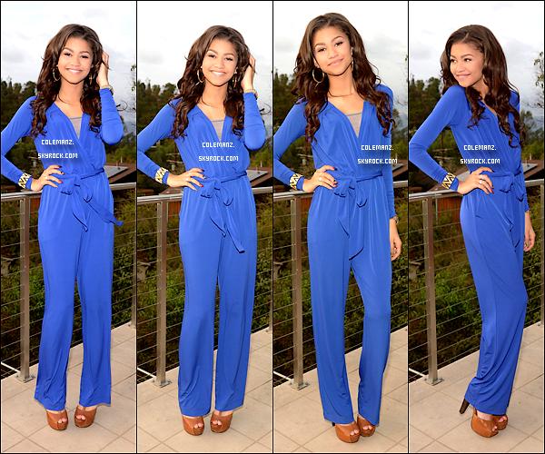 . 4 décembre ; Zendaya posant dans une combinaison bleu , Los Angeles. Tu aimes? .