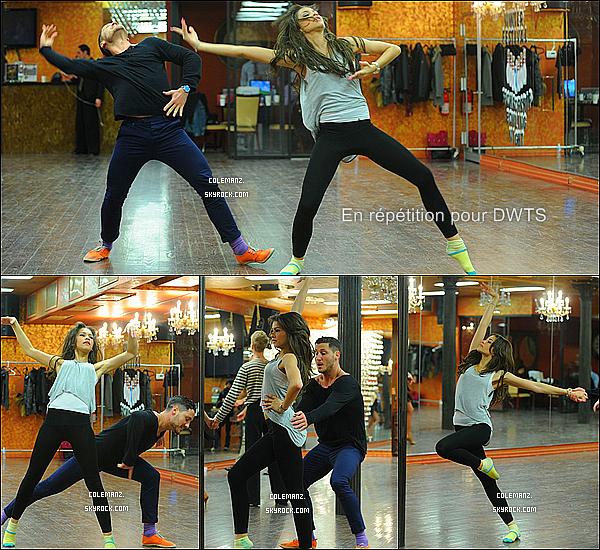 """. 14/03/2013 : Zendaya et son partenaire Val allant en répétition pour """"Dancing With The Stars"""" ! J'ai vraiment hâte de voir Zendaya danser sur ce plateau et vous? ."""