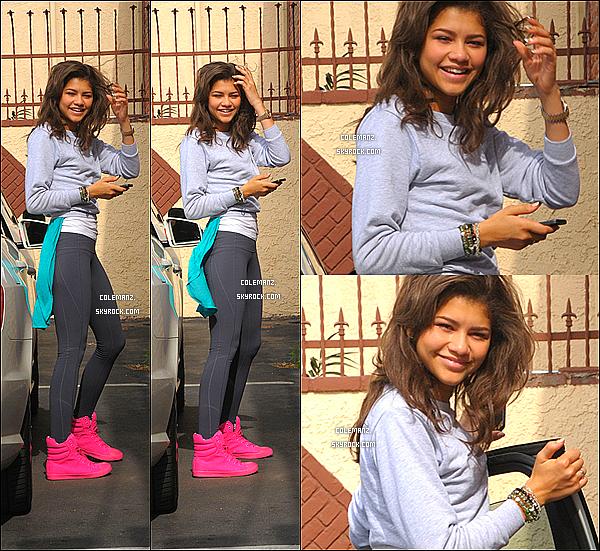 . 08/05/2013 : (Notre belle) Zendaya se rendant aux répétitions de Dancing With The Stars. .