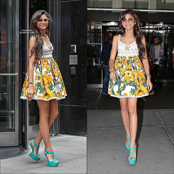 Zendaya Coleman sortant d'un immeuble à New York le 17 juillet 2013.