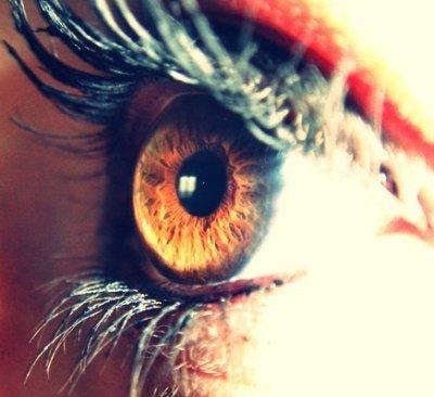 Ouvres les yeux ! T'es aveugle ou quoi ?!? Je t'aime ♥ !