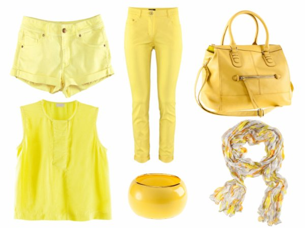 All in yellow this summer !!