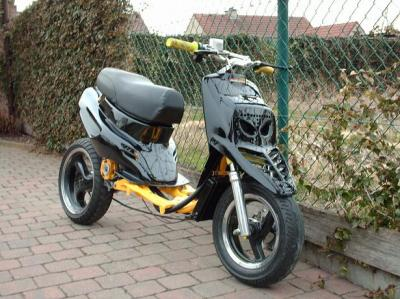 Yamaha Aerox R Naked: toch wél!   Scooternews.nl