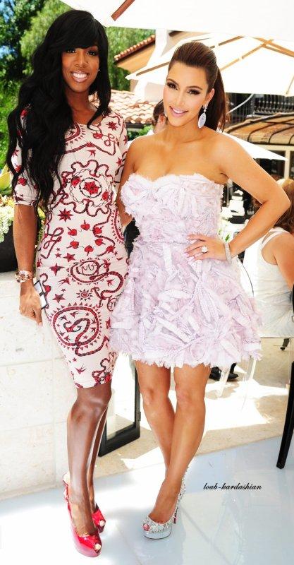 Kelly rowland et Kim kardashian..