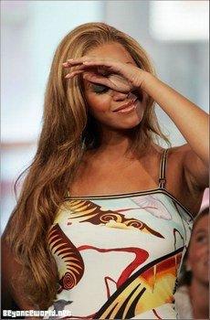 Avant d'être celle qu'elle est aujourd'hui Beyonce avait reçu des attaques étant jeune considérer comme la méchante du groupe !