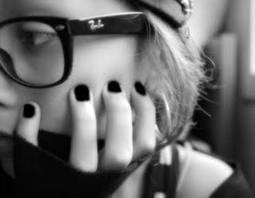 Quand la loyauté ne peut s'exprimer elle se transforme en une lame acérée. Alors méfie-toi, car un jour, tu risques de transpercer la personne qui est le plus cher à tes yeux.