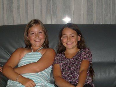 Moi et Noémie a mon anniversaire (11ans)