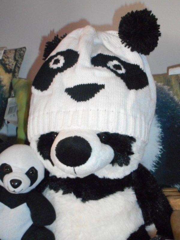 Panda bonnet 1