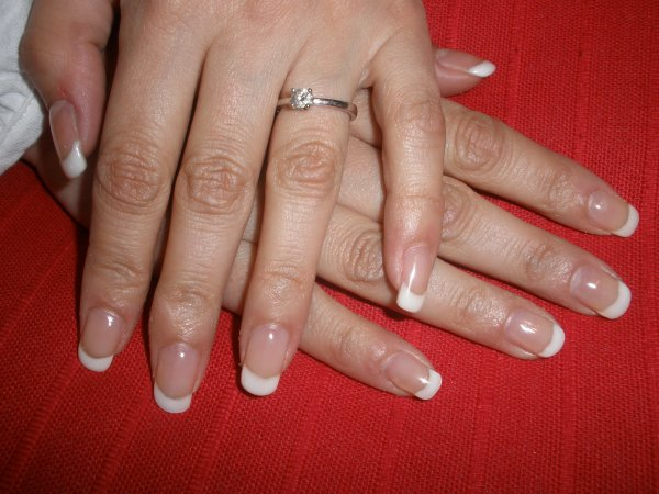 pose renfort gainage sur ongles naturels + french