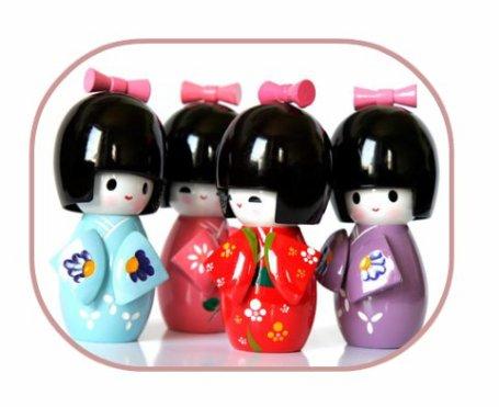 Les Kokeshi Dolls