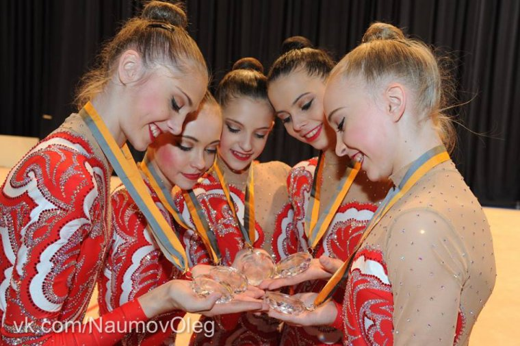Championnat d'Europe 2013 à Viennes ! L'ensemble junior russe ♥