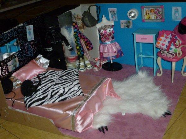 voici la photo de participation au concours ROSE/BLEUE de jolie doll . :) (perso j'adore <3)
