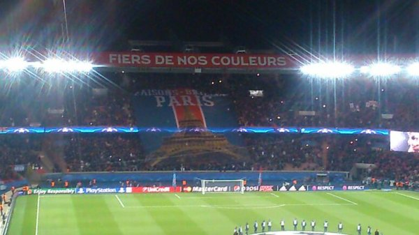 Psg. 2 chelsea 1 but. D,Ibra. Et Cavanni
