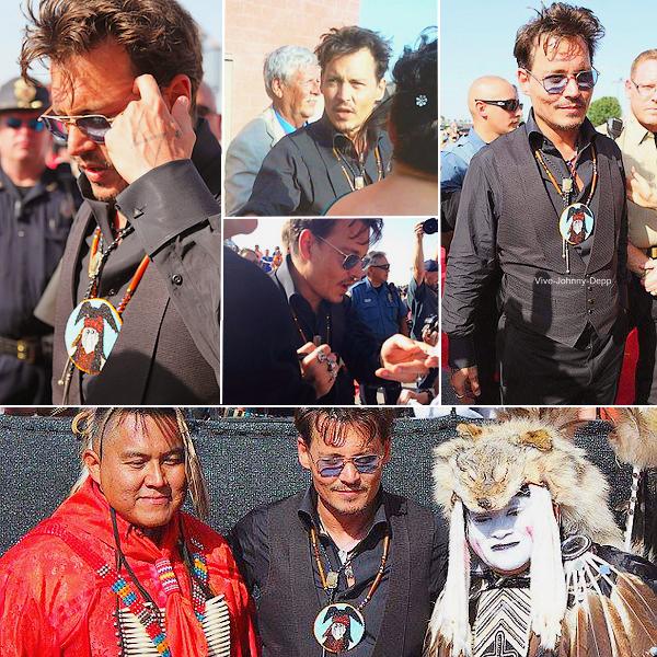 . 21 Juin 2013 : Johnny était à l'Avant-Première de The Lone Ranger à Lawton pour la Comanche Nation avec l'équipe du film.