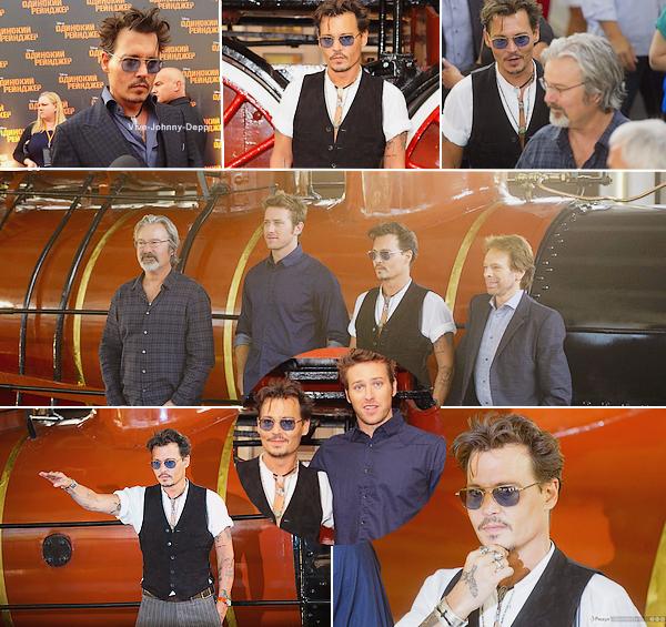 . 27 Juin 2013 : Johnny était à l'Avant-Première de The Lone Ranger à Moscou.