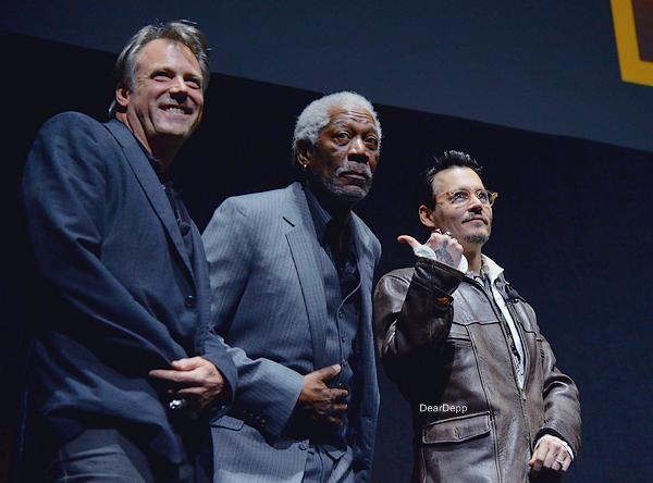 . 27.03.14 : Johnny était au CinemaCon 2014 pour la promotion de Transcendance.