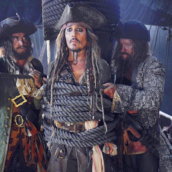. Pirates des Caraïbes 5 : Les Nouvelles.