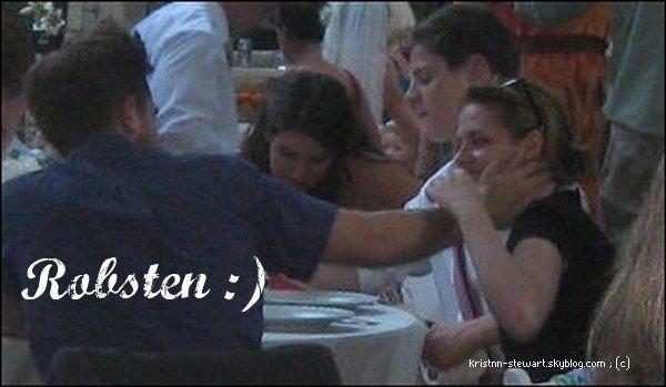 Une nouvelle photo de Robsten est apparue. Là, c'est sur il sont en couple.  :)