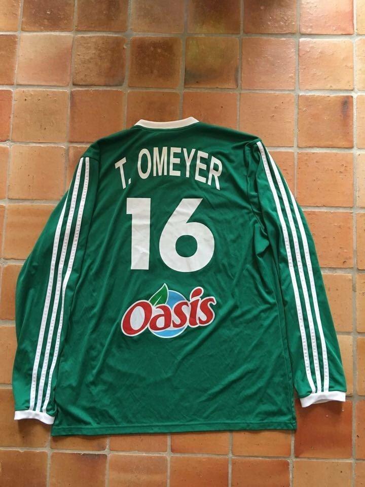 Maillot porté et dédicacé par Thierry Omeyer avec l'équipe de France