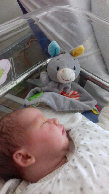C ma petite cousine qui est née le 3 septembre ❤❤❤❤❤❤❤