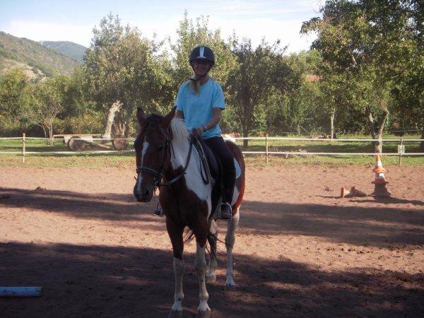 me voila à cheval