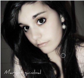 J'ai peur de te perdre, que tu m'oublies et que le temps détruise tous ces souvenirs ... ♥