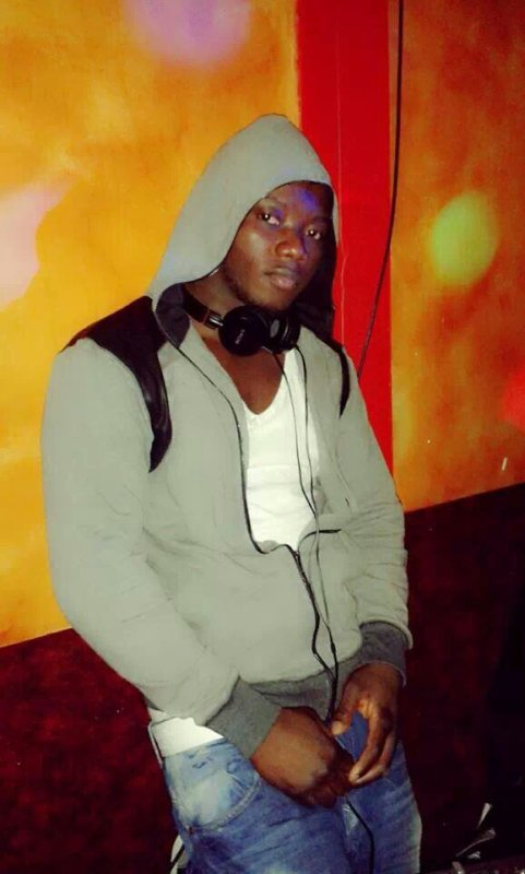 Dj Cissé en mode swagg