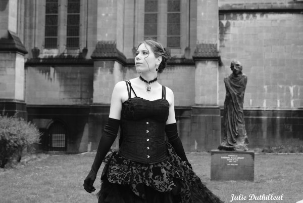 Mlle Kitty'Photographie (JulieD) le 25 Avril 2012