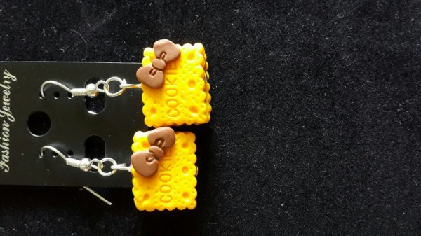 Boucle d'oreille biscuits fimo