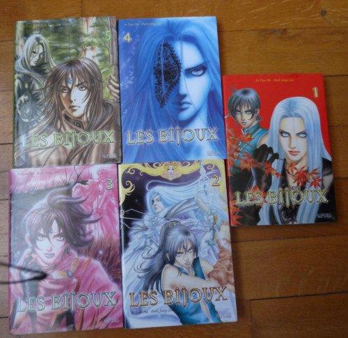 Lu : Manga les Bijoux volume 1 à 5 (intégrale)