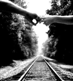 Seulement partir loin, tant que tu sera là je serais heureuse