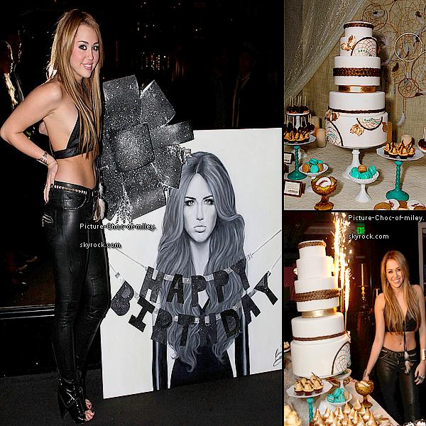 """. 18ans déjà ... elle à bien grandi """"Hannah Montana"""" ! .   """"Joyeux Anniversaire à Miley"""" (ne me dîtes pas que vous êtes étonnez que je lui souhaite ?!) sachez qu'elle l'a fêter bien avant au Trousdale à Los Angeles ainsi une sélection de stars étaient invité dont Demi Moore que vous pouvez apercevoir ci-dessous et  Avan Jogia qu'elle aurait embrasser (ICI) .. elle nous à aussi ressorti sa tenue et ses """"vieilles"""" chaussures en cuir noir !   ."""