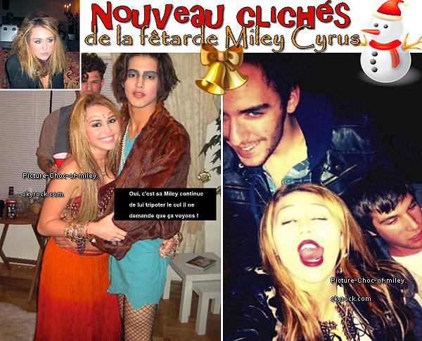 .   ✿ Toujours plus d'inédit sur Picture-Choc-Of-Miley ✿  .   Une nouvelle photo de la soirée d'Halloween (rappeler vous) est apparût sur le net mais en quoi est-il déguiser Avan Jogia  (en travestis maybe ?) n'empêche que sa lui va super bien déjà qu'il à les cheuveux longs !    (Pour une fois que je ne critique pas Miley (enfin presque) je sent que je vais me faire remonter les bretelles par les groupies d'Avan..)  .