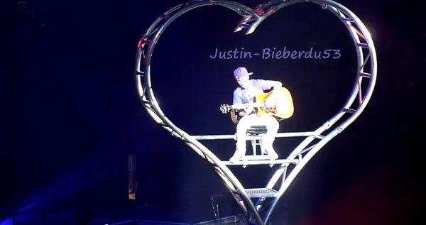 Bieber Facts Partie 33 L'amour Est Une Drogue Naturelle, Mais Méfiez-vous, Elle N'en Est Pas Moin Dure.