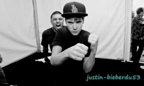 Bieber Facts Partie 36 Je T'aimerait Jusqu'a Mon Dernier Soufle Et Meme Celui D'après.